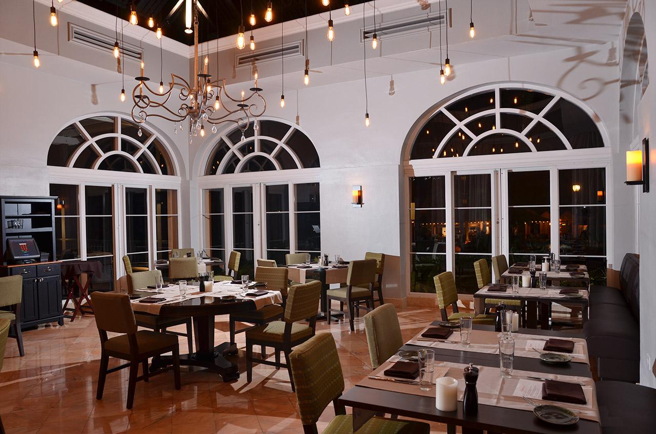 Essenza Restaurant Ritz-Carlton St. Thomas